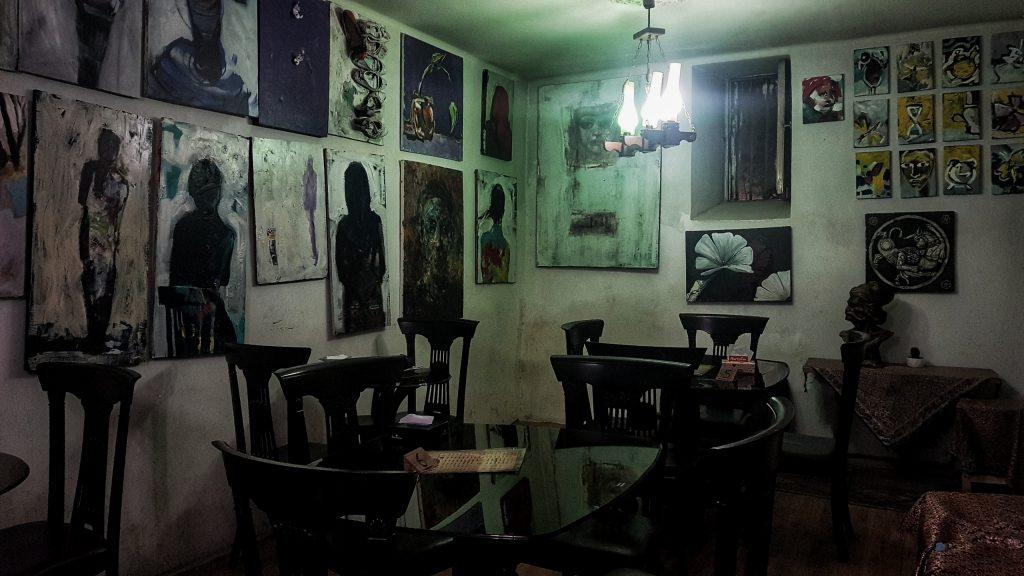 Im Künstler-Cafe