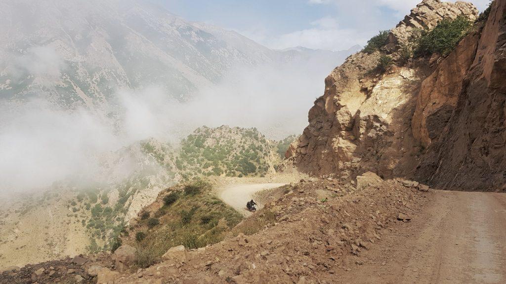 Serpentinen durch das Alborz Gebirge